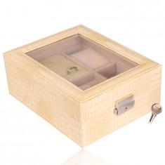 Prostokątna szkatułka na biżuterię w kolorze kremowym - imitacja skóry krokodyla, klamra, klucz