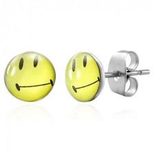 Kolczyki ze stali - uśmieszek z podniesionymi kącikami ust