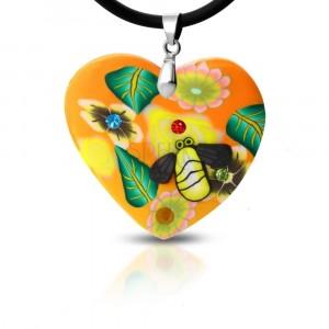 Naszyjnik Fimo - pomarańczowe serce z kwiatami i pszczółka