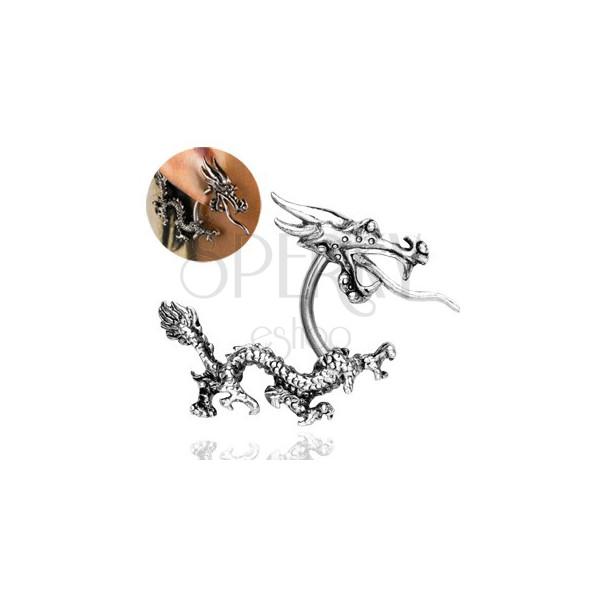 Piercing do ucha - chiński smok ziejący ogniem
