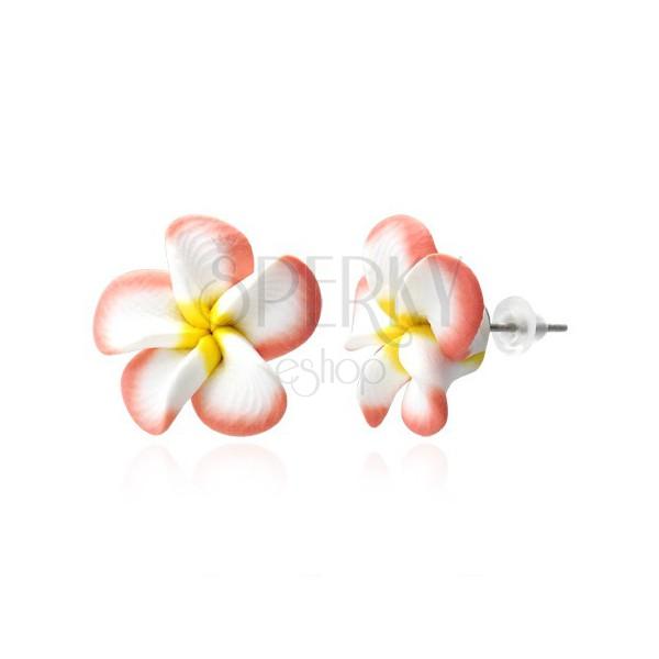 Kolczyki Fimo - łososiowo-białe płatki, kwiat Plumeria
