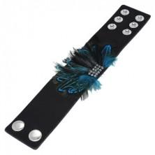 Czarna skórzana bransoletka - niebieskie pawie pióra