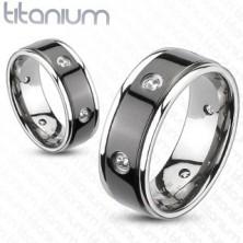 Tytanowy pierścionek - czarny pas, wysadzane cyrkonie