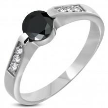 Stalowy pierścionek z czarnym oczkiem