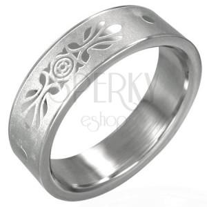 Stalowy pierścionek z symetryczną ozdobą piaskowany
