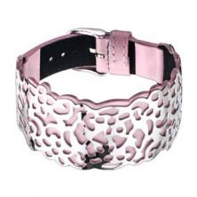 Różowa skórzana bransoletka, wycinana stalowa ozdoba