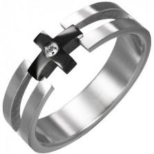 Pierścionek ze stali - czarny krzyż, przezroczysta cyrkonia