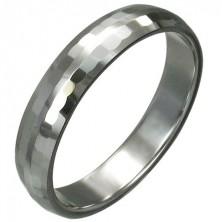 Wolframowy pierścionek z delikatnie oszlifowanymi prostokątami, 3 mm