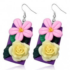 Fimo kolczyki -żółta róża i różowy kwiatek na fioletowym podkładzie